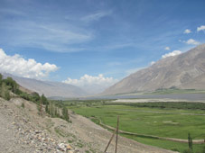 wakhan valley and pyanj river